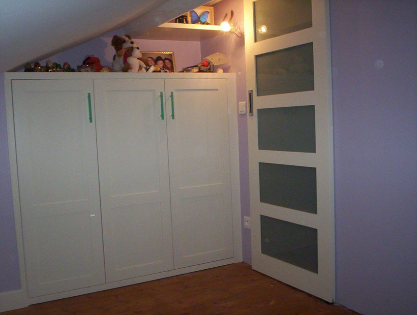 Portes coulissantes salle de bains for Portes coulissantes salle de bain
